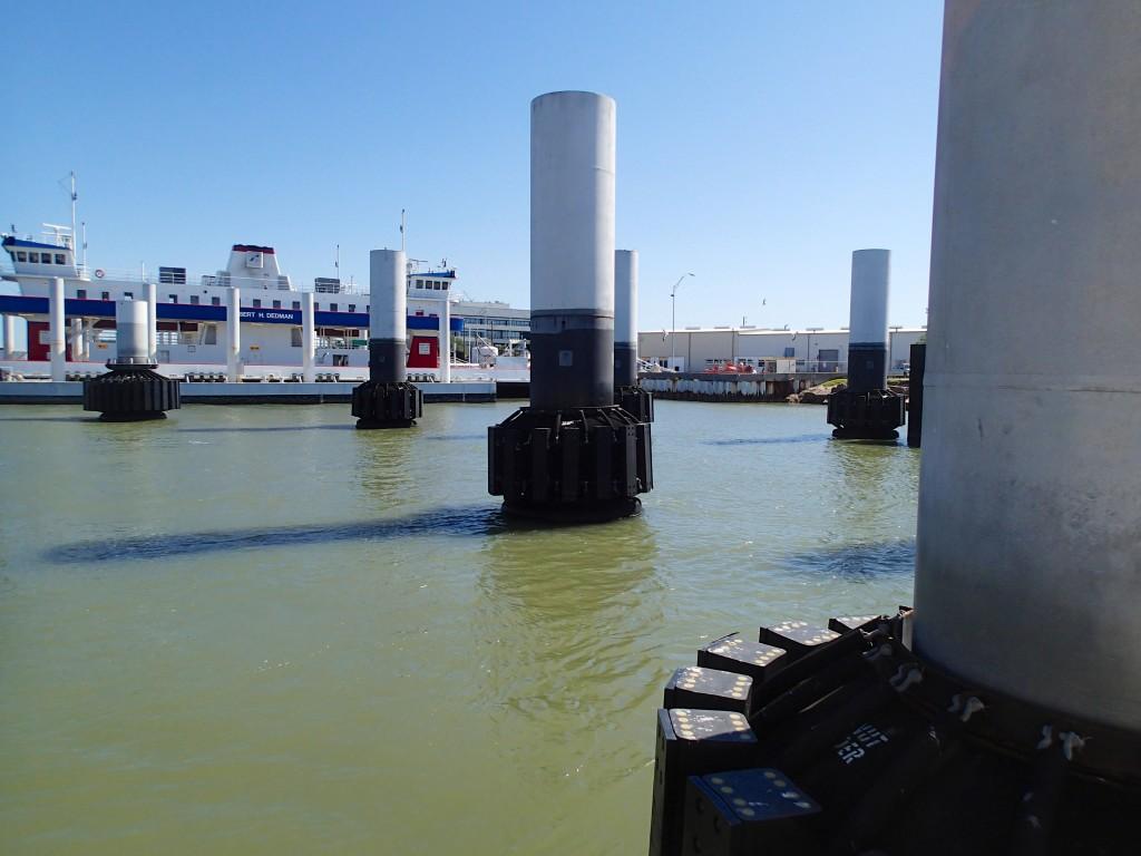 Pilons in the pier
