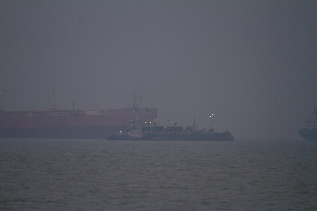 Early Morning traffic in the Very busy Houston ship channel