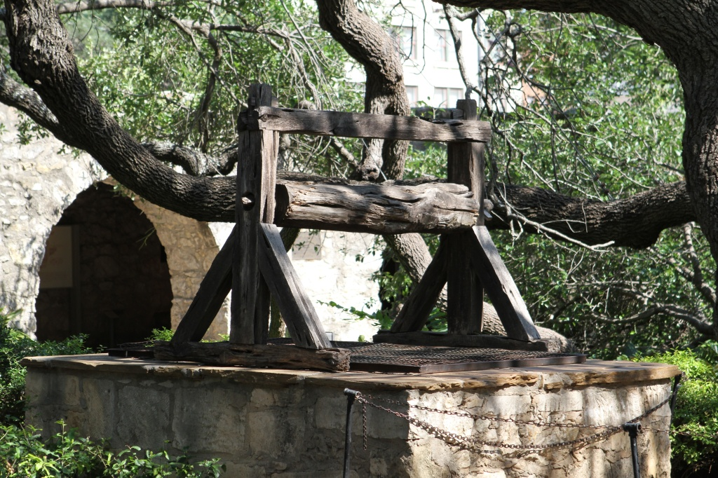 The Old well at the Alamo