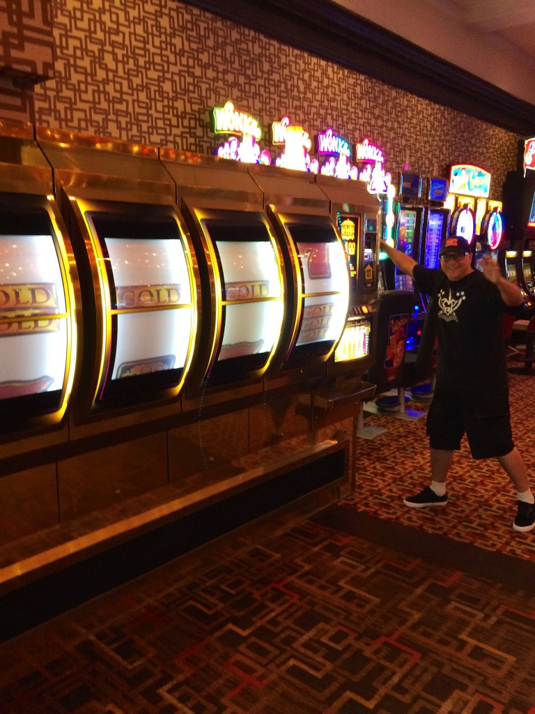 Playing the largest Slot machine I could find!