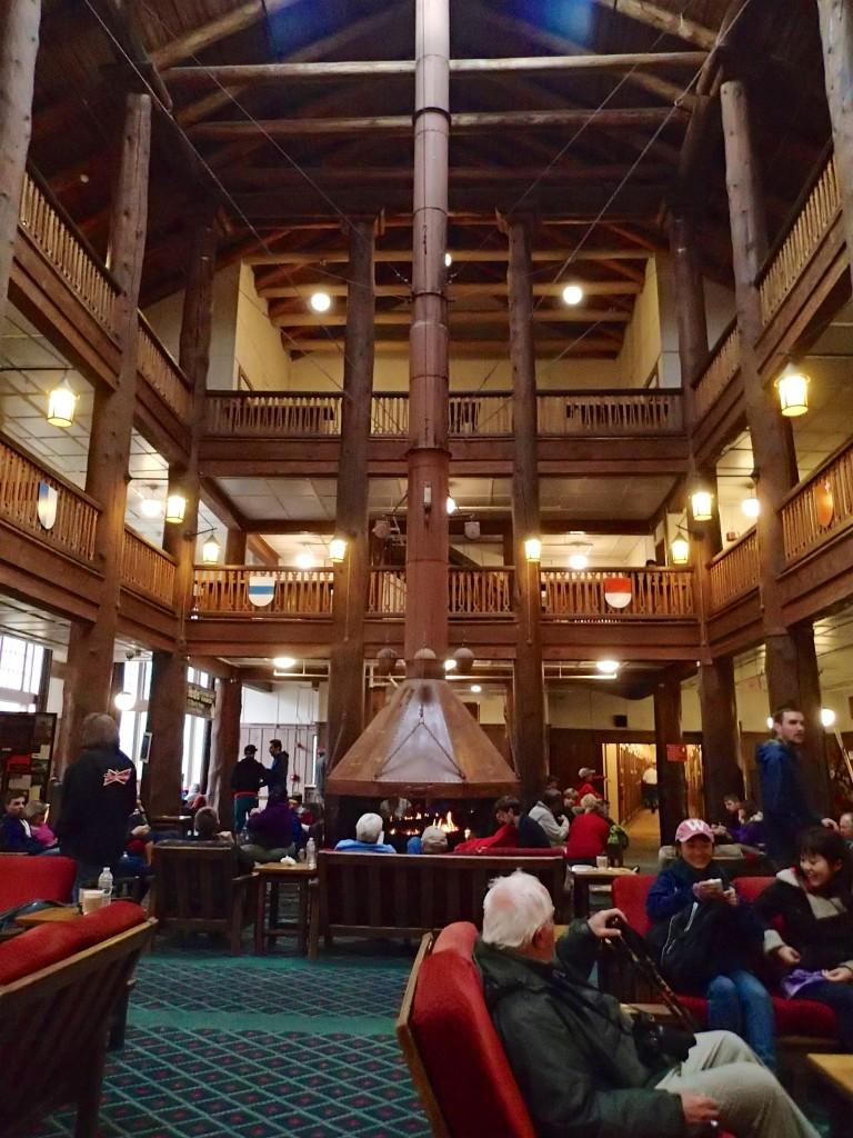 Many Glacier Hotel